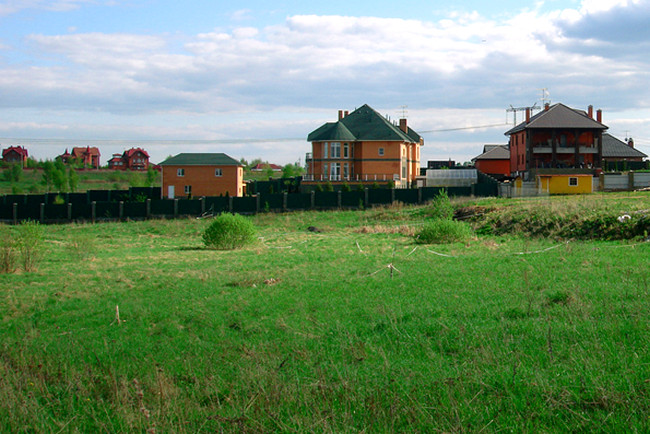 Какие могут возникнуть проблемы при наследовании земельных участков и их оформлении: типичные споры + 2 примера из судебной практики