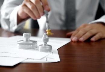 Юридические основания принятия выморочного имущества в наследство: 5 действий для его оформления законным наследником в собственность